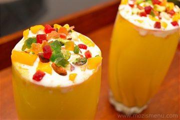 Mango Mastani / Mastani Style Mango Milkshake