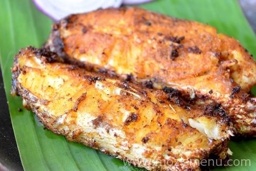 Kerala Fish Fry / Meen Varuthathu / Meen Porichathu