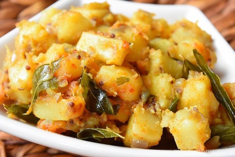 Potato Stir Fry Potato Poriyal Potato Vepudu Aloo Sabzi