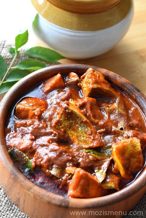 Kottayam Style Red Fish Curry / Meen (fish) Vevichathu