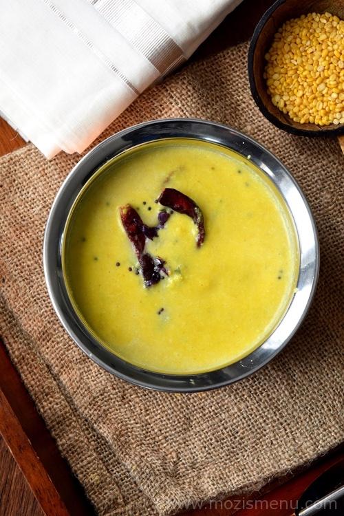 Nadan Parippu (Paruppu) Curry / Coconut Dal Gravy