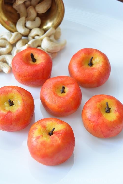Apple Shaped Kaju Katli / Apple Shaped Cashewnut Burfi