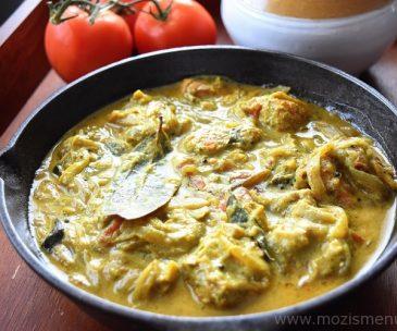 Kerala Fish (Meen) Molee / Moilee – Kerala Style Fish Stew
